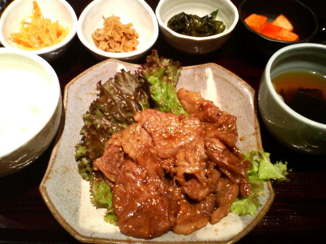 テナム(牛焼き肉ランチ)